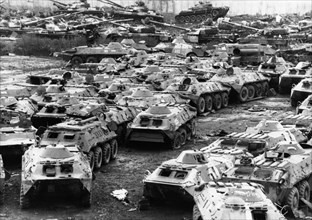 Russian tanks dismantled in compliance with international disarmamant treaties, russia,11/ 95.