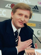 Rinat akhmetov, ukrainian billionaire and president of 'shakhter' soccer (football) club at a press conference, russia, 2004.