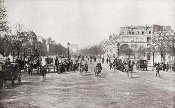 The Avenue des Champs-Elysées, Paris