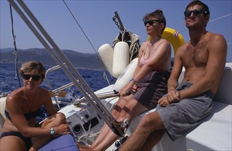 10045185 SPORT Water Yachting Men and women sailing in Greece