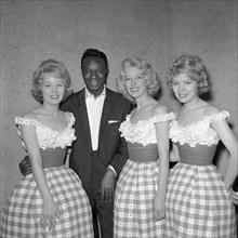 Les Beverley Sisters et Nat King Cole en 1959