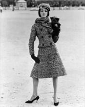 Mannequin habillée en Dior
