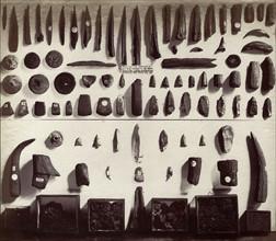 Outils en pierre et en os, British Museum
