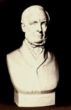 Portrait en buste en marbre de Henry Christy par Thomas Woolner