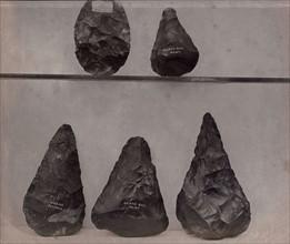 Poignards et outil en silex, British Museum