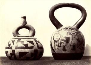Deux récipients en céramique, culture Moche